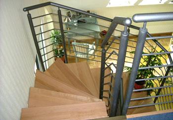 herstellung und montage gel nder berdachungen haust ren und treppen von metallbau und. Black Bedroom Furniture Sets. Home Design Ideas